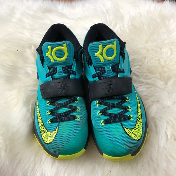 a07a9160fa95 Men s Nike KD 7 uprising sneakers teal size 8.5. M 5b4375f6aa57199afc3a16f3